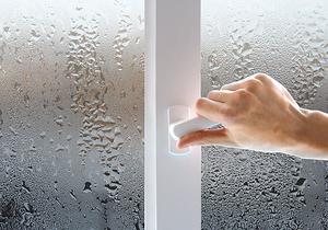 Окна и высокий уровень влажности: выбираем идеальный вариант для дома