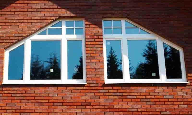 Трапециевидные окна: особенности и область применения